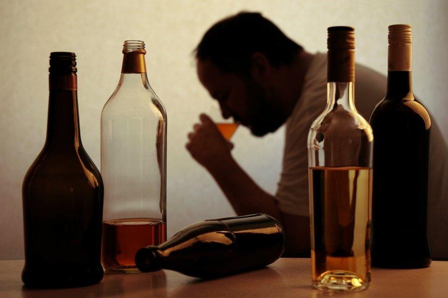 alkoolikos alkoolismos