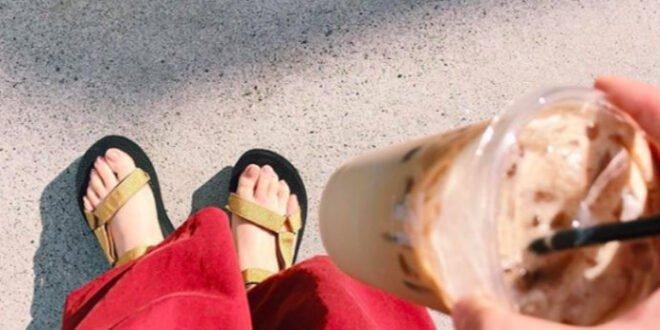 Πώς να φορέσετε τα πιο trendy σανδάλια του καλοκαιριού