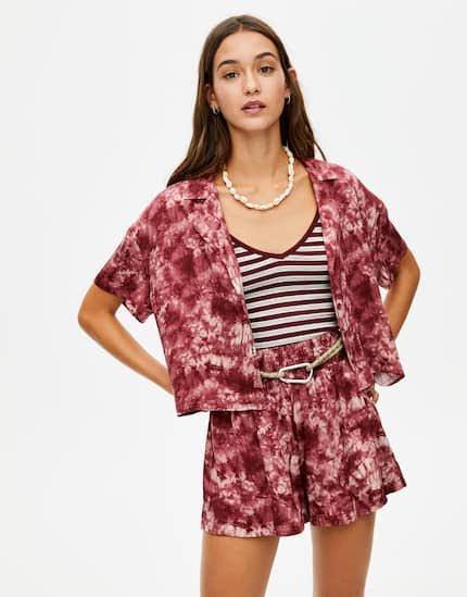 Βάλε λίγο χρώμα και δες ποια tie dye ρούχα αξίζει να αγοράσεις!