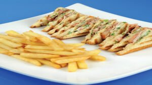 club-sandwich-thalassinon