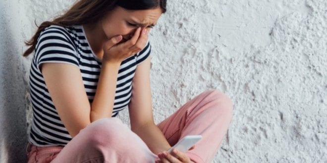 Social-media:-πως-μπορεί-να-επιφέρει-την-αυτοκαταστροφή-στους-εφήβους;