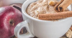 2-Πανεύκολες-συνταγές-για-Υγιεινή-Μηλόπιτα-σε-κούπα,-μόλις-5-λεπτά!!!
