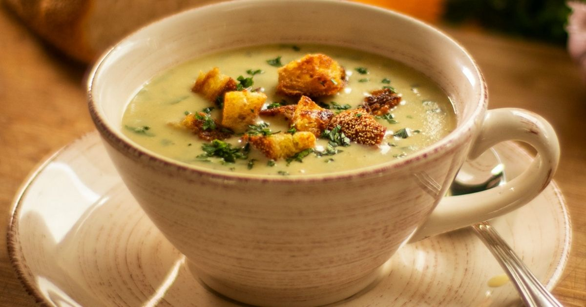 Ανακάλυψε-την-αυθεντική-Ιταλική-Garlic-soup-με-κρουτόν