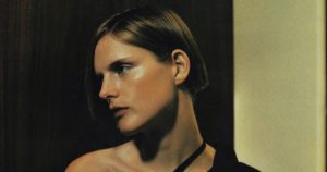 Stella-Tennant:-Ο-απρόσμενος-θάνατος,-οι-Ναζί,-το-πολυσυζητημένο-διαζύγιο,-τα-4-παιδιά-και-η-απαράμιλλη-καριέρα-με-τεράστιους-οίκους-μόδας