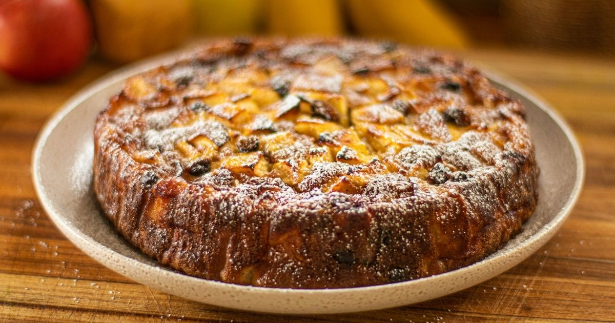 Ιταλικό-κέικ-μήλου-και-αχλαδιού-με-σταφίδες!!!