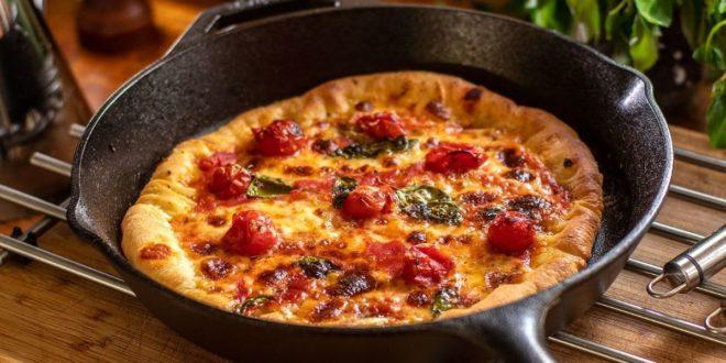 Πίτσα-Μαργαρίτα-στο-τηγάνι-(Μόνο-με-ένα-σκεύος)