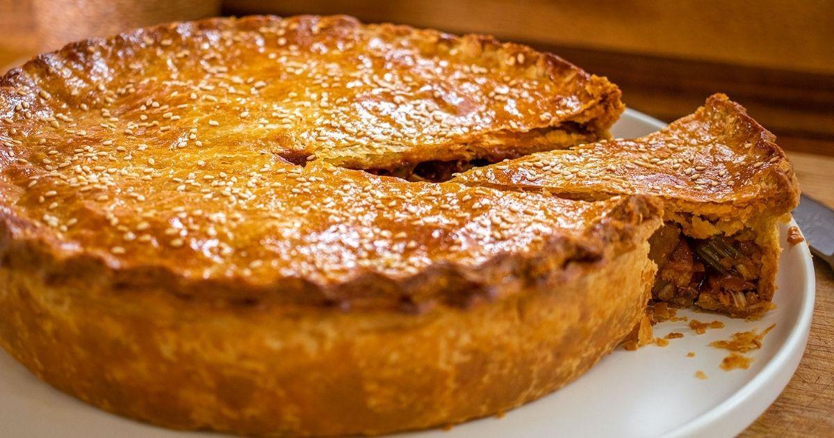 Κοτόπιτα-με-κόκκινο-κρασί  -Coq-au-Vin-Pie