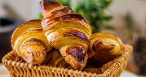 Ανακάλυψε-την-πιο-απλή-συνταγή-για-κρουασάν-βουτύρου-στο-σπίτι!!!
