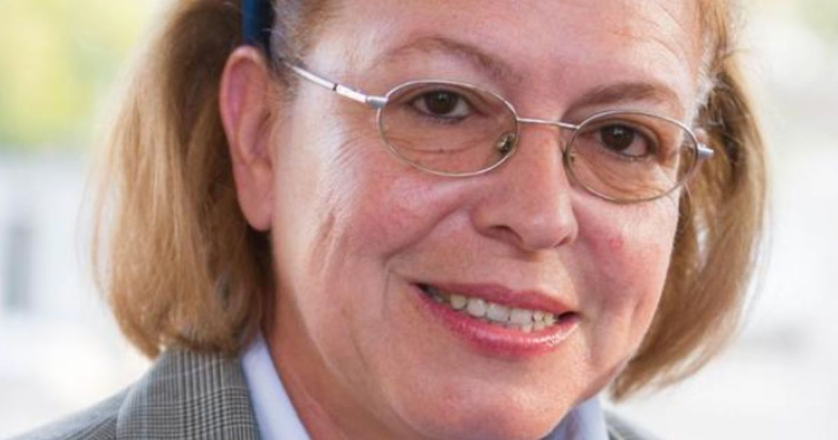 """Λινά-Μενδώνη:-Ο-βίος-και-η-πολιτική-καριέρα-της-""""εξαπατημένης-υπουργού"""""""