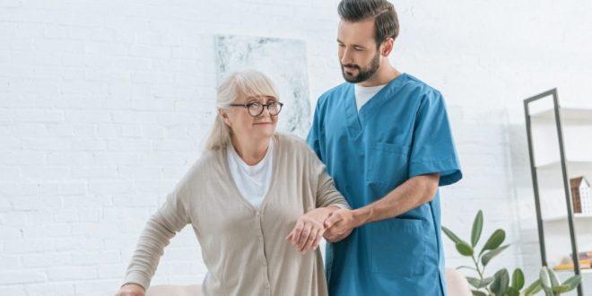 Ο-ρόλος-του-κοινωνικού-λειτουργού-όσον-αφορά-την-ένταξη-και-την-προσαρμογή-ενός-ασθενή-στο-νοσοκομείο,-καθώς-και-ο-ρόλος-του-στο-οικογενειακό-περιβάλλον.