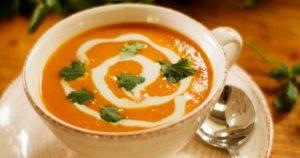 Σούπα-γλυκοπατάτας-με-γάλα-καρύδας-(Μόνο-158-θερμίδες)