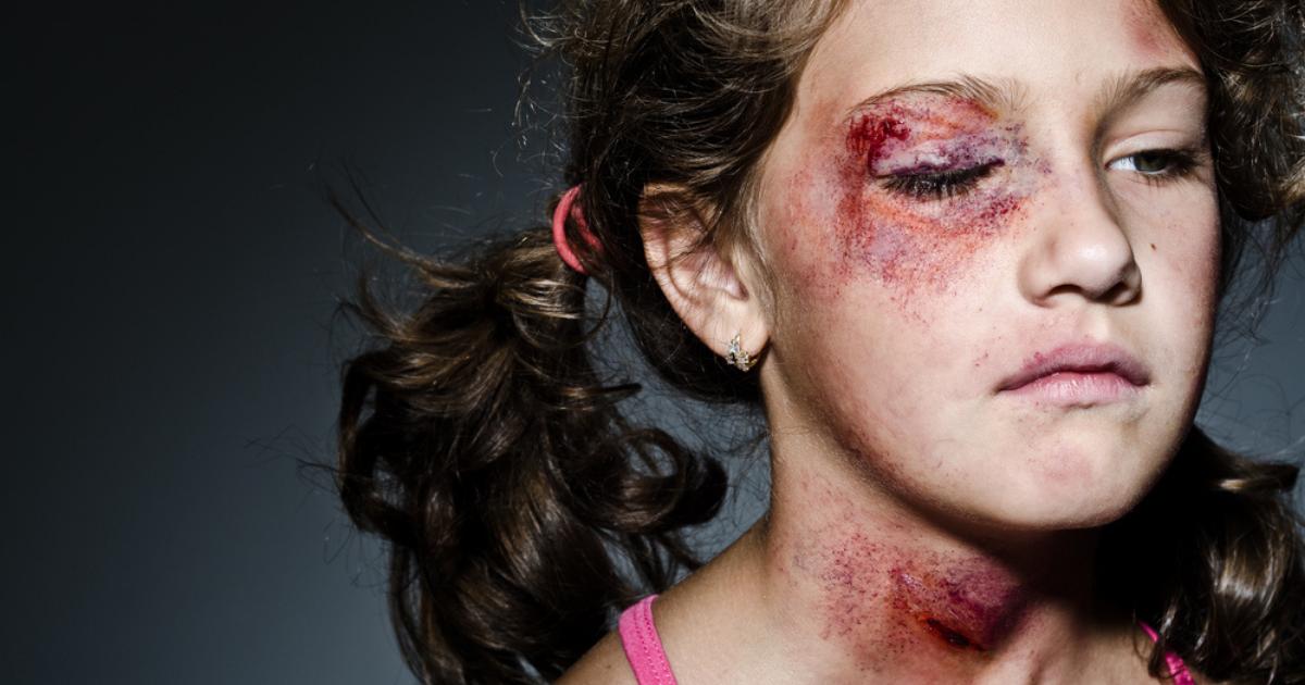 Η-βία-στην-κοινωνία,-στην-πλατεία,-στο-σχολείο-και-κυρίως-απέναντι-στον-«εχθρικό»-εαυτό