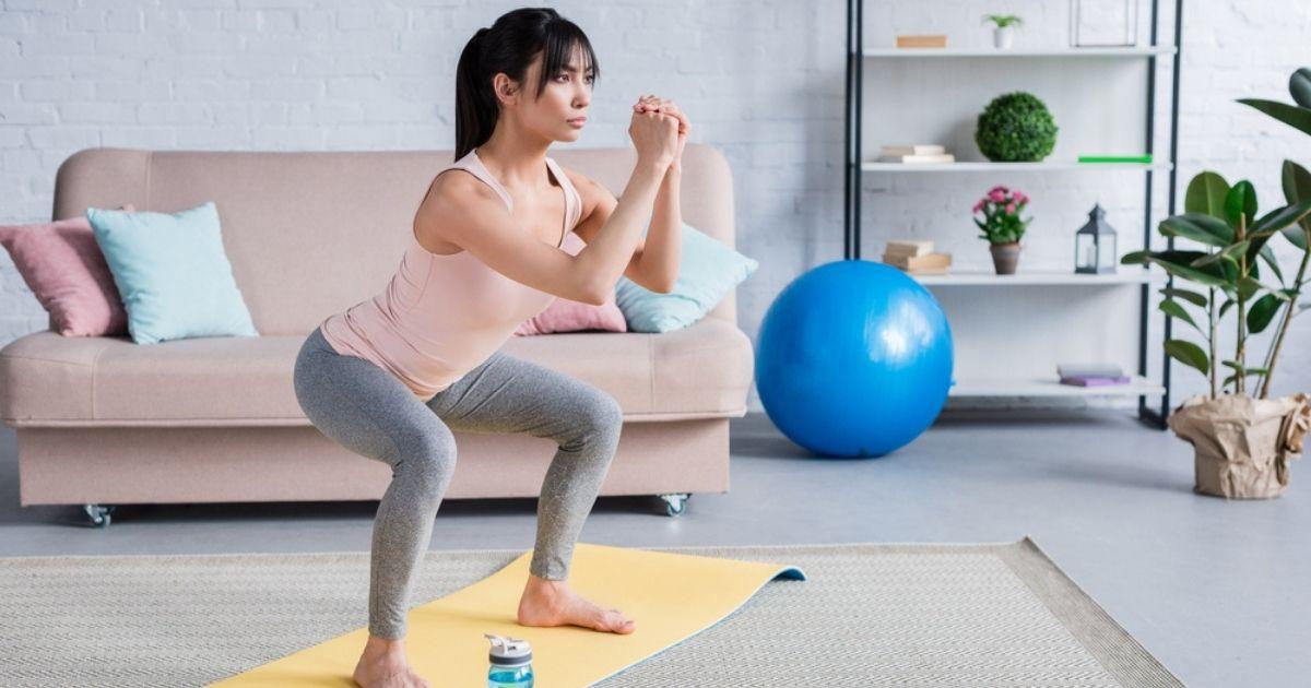 Πρόγραμμα-γυμναστικής-για-γλουτούς-(σε-5-λεπτά-χωρίς-εξοπλισμό)