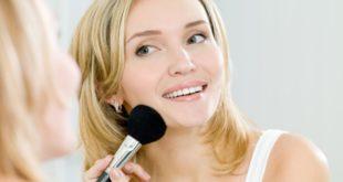Τα-4-κορυφαία-makeup-looks-που-είναι-ιδανικά-όταν-βρίσκεστε-στο-σπίτι