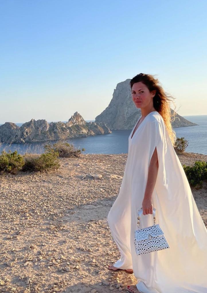 Τι να φορέσω φέτος στην παραλία πάνω από το μαγιό; Ανακάλυψε 7 μοναδικές προτάσεις - BORO από την ΑΝΝΑ ΔΡΟΥΖΑ