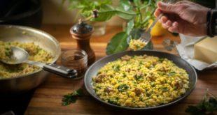 Ριζότο με λουκάνικο και αρακά